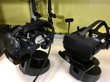 VR headsets in UL Benchmarks lab